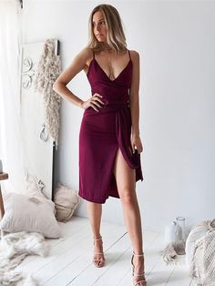 Style: Casual Color: Wine Red Material: Cotton Pattern Type: Solid The post V Neck Solid Color Split Spaghetti Strap Dress appeared first on TD Mercado. Slit Dress, Maxi Dress With Sleeves, Bodycon Dress, Maxi Dresses, Sheath Dress, Dress Outfits, Casual Dresses, Casual Outfits, Formal Dresses