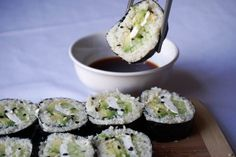 Sushi is one of the things I was missing most on a keto diet, so I went ahead and created this awesome keto sushi roll! It's easier than you think.