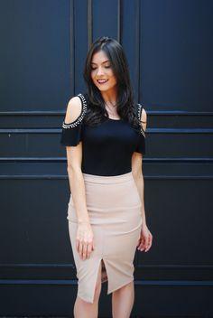 Saia lápis - Pencil skirt  http://www.crisfelix.com.br/2016/07/market-fashion-look-do-dia-saia-lapis-e.html
