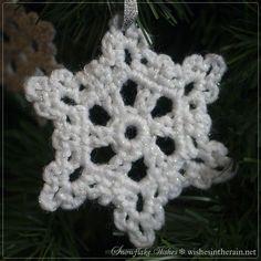 crochet snowflake tree ornament - www.wishesintherain.net