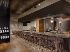 Located in San Antonio in the Texas Region, 1312 feet from River Walk, Hotel Valencia Riverwalk features a terrace and views of the river and an onsite. San Antonio Hotels, River Walk, Valencia, Places Ive Been, Usa, Home Decor, Room Decor, Home Interior Design, Decoration Home