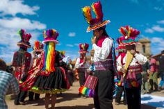 Taquile (Puno) surprises for its people and their beautiful tradition, such as dance,  music and colorful textiles. Come visit!