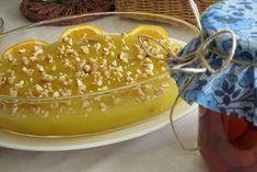 Ceviz, kuru üzüm ve portakal kullandığım hafif bir tatlı tarifi vereyim.