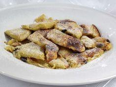 Cisársky trhanec • Recept   svetvomne.sk Dumplings, French Toast, Bread, Breakfast, Food, Pizza, Gardening, Basket, Morning Coffee