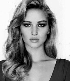Jennifer Lawrence... So gorgeous!