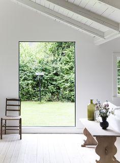 Et kæmpe vindue i væggen - det er næsten som et maleri!