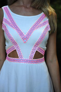 Feeling So Native Dress: White/Neon Pink Fashion Moda, Womens Fashion, Gq Fashion, Fashion Shoes, Estilo Cool, Summer Outfits, Cute Outfits, Summer Dresses, Inspiration Mode
