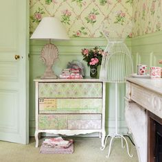 White Dresser - Floralie