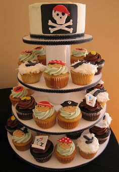 Pirate Cupcake Tower by jdesmeules (Blue Cupcake), via Flickr