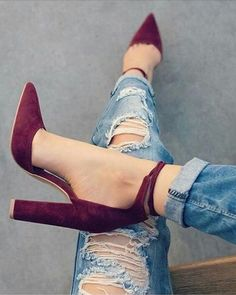 Love these shoes!! They're perfect for any season. #lookoftheday #currentlywearing #wearitloveit #getthelook #ootd #heels #wine #redshoes #shoes #boyfriendjeans #rippedjeans #jeans #shoeporn