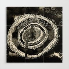 Mandala in black and white Wood Wall Art