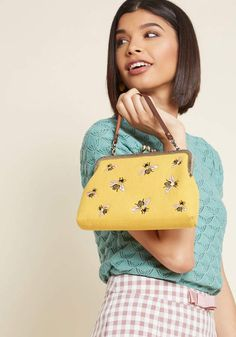 ModCloth Heart Skipped a Bee Bag #ad #bee #bees