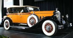 Classic Antique Cars - 1930 Pierce-Arrow Model B Dual Windshield Phaeton