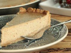 Datlový cheesecake so škoricou Vanilla Cake, Cheesecakes, Ricotta, Tiramisu, Pie, Deserts, Food And Drink, Cupcakes, Baking