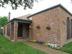 1105 Paintbrush St, Mesquite, TX 75149. 2 bed, 2 bath, $126,000. Tons of Natural Ligh...