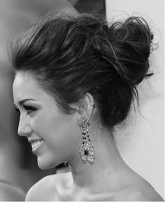 gorgeous up-do! #hair #FXProm