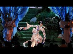 Katy Perry - Unconditionally live American Music Awards 2013 AMA