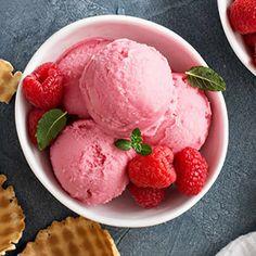 glace framboise thermomix, une délicieuse glace pour votre dessert et faite à la maison facilement avec votre thermomix et cette recette.
