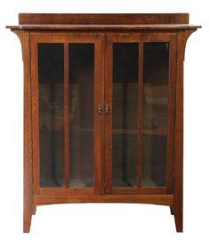 Limbert Arts and Crafts double-door quartersawn oak : Lot 7356