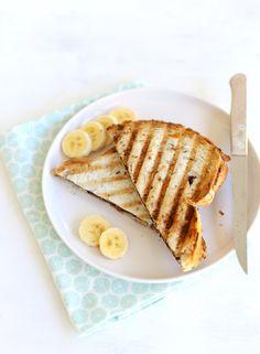 tosti met banaan en chocolade