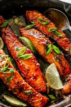 Pan Fried Salmon Fillet, Oven Baked Salmon, Baked Salmon Recipes, Fish Recipes, Seafood Recipes, Salmon Fillets, Garlic Salmon, Honey Salmon, Honey Garlic Sauce
