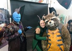 """Awww, he's so fluffy!"" Met this awesome Mantis at Comic Con Stuttgart and she was cuddeling Rocket, while Yondu is watching a bit disgusted... Sentiments? Eating away your brain like.... well you know 😜🤣 #comiccongermany2017 #comiccon #comiccon2017 #comiccongermany #comicconstuttgart #gotgvol2 #gotg #gotgcosplay #guardiansofthegalaxyvol2 #guardiansofthegalaxycosplay #guardiansofthegalaxy #cosplay #cosplayer #cosplaying #cosplayerofinstagram #costume #yondu #yonduudonta #yonducosplay…"