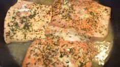 This dish is simple, moist and delicious. You may substitute lemon juice for the wine and omit the garlic if you wish. Fish Recipes, Seafood Recipes, Great Recipes, Kitchen Recipes, Cooking Recipes, Healthy Recipes, Poached Salmon, Entrees, Main Dishes