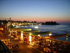 Koum - Kapi at night! Photo credits: on panoramio Our Town, Crete, Beautiful Islands, Photo Credit, Attraction, Paradise, Old Things, Explore, Table Decorations