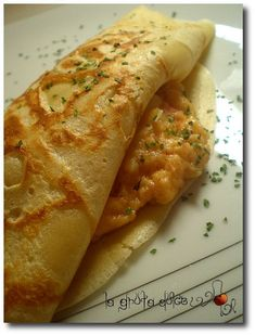Salted seafood crepes - Seafood Crepes - Crepes y tortitas - . Crepes, Crepe Recipes, Hot Dog Buns, Salad Recipes, Seafood, Salt, Bread, Cook, Salads