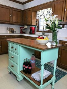 Trendy Ideas For Wood Paneling Makeover Rental Kitchen Cabinets Updated Kitchen, New Kitchen, Kitchen Decor, Kitchen Wood, Kitchen Tips, Mint Kitchen, Kitchen Updates, Country Kitchen, Kitchen Ideas
