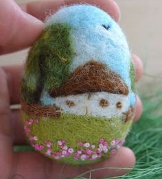 Handmade Felted Wildflowers Egg Easter Vintage Country House Spring 3Deffect 3in