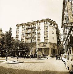 Plaza Deán Mazas. http://on.fb.me/1jKNn8C