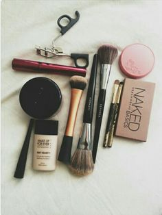Essentials ❤ @makeupforever @naked #makeup