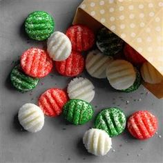 Cream Cheese Candies Recipe -These homemade mints make a perfect last-minute addition to holiday treat trays. Pretty much everyone in my neighborhood has this recipe now! Christmas Desserts Easy, Christmas Candy, Homemade Christmas, Holiday Treats, Christmas Treats, Holiday Recipes, Christmas Cookies, Christmas Recipes, Holiday Gifts