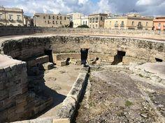 Taranto vista da un posto esclusivo :-) Foto di Aurora Gabriele  #Madeintaranto #Leterredeidelfini #Taranto #Puglia #Weareinpuglia #turismo #cittàdavivere #citywiew #Italy #Madeinitaly #Visitpuglia