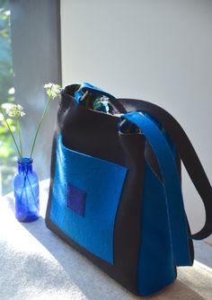 Wool Felt Bucket Style Shoulder Bag by HeidiTaschen on Etsy https://www.etsy.com/listing/476289395/wool-felt-bucket-style-shoulder-bag