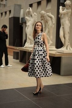 Blair Waldorf- I have always wanted a black n white polka dot dress!!