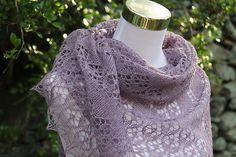 Mirbelia Shawl is a classic triangle shawl. It's knitted in lace weight yarn (Fingering weight will work too) in one-piece top down.