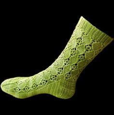 Ravelry: Giulietta pattern by Caoua Coffee free pattern Knitting Socks, Hand Knitting, Knit Socks, Lace Patterns, Knitting Patterns, Little Cotton Rabbits, Fingering Yarn, Summer Knitting, Patterned Socks