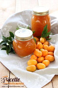 Foto di Marmellata di kumquat Winter Desserts, Romanian Food, Farmers Market, Carne, Cantaloupe, Chutney, Canning, Vegetables, Syrup
