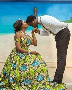 The Best Matching African Outfits for Couples – 50 Latest Ankara Styles for Couples - Fashion gig Couples African Outfits, African Dresses For Women, African Print Dresses, Couple Outfits, Family Outfits, African Attire, African Wear, African Women, African Prints