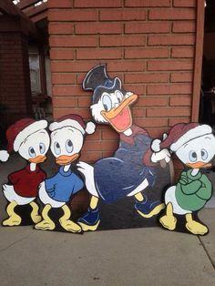 Scrooge McDuck and nephews Christmas Lawn Decorations, Candy Cane Decorations, Christmas Yard Art, Christmas Wood, Christmas Images, Christmas Projects, Lawn Ornaments, Yard Decorations, Christmas Signs
