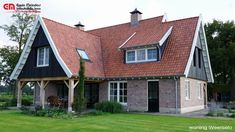 Saxon-style country house, with dark oak facades and bright … - Architectural Styles Roomspiration, Custom Wood Signs, Tiny House, Beautiful Homes, Brick, Villa, Exterior, Outdoor Structures, House Design