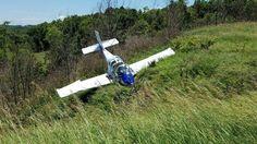 1 injured in plane crash near Marshall County Airport, Ohio. @WTOV9 http://wtov9.com/news/local/small-plane-crashes-near-marshall-county-airport