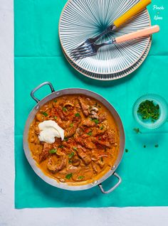 Beef Stroganoff - Pinch Of Nom - Slimming World - Beef Stroganoff Ww Recipes, Low Calorie Recipes, Cooking Recipes, Healthy Recipes, Healthy Meals, Healthy Food, Recipies, Batch Cooking, Cheese Recipes