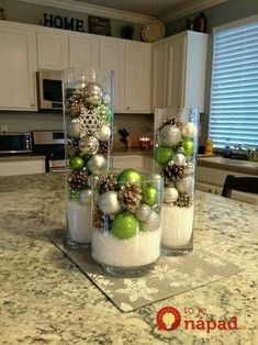 Easy Christmas Decor From simple to amazing From easy to creative notes to form a super captivating and wonderful simple christmas decor diy xmas trees . This suggestion created on this day 20181222 , exciting post reference 2742930741 Christmas Projects, Holiday Crafts, Christmas Holidays, Christmas Ornaments, Rustic Christmas, Christmas Movies, Christmas Island, Outdoor Christmas, Elegant Christmas