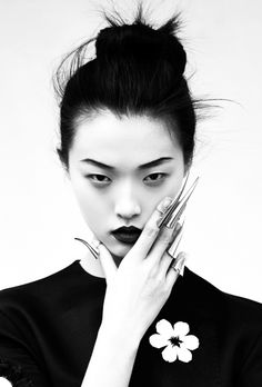 """iGeisha: Tian Yi in """"Memoirs Of A Geisha"""" by Oliver Stalmans for ELLE Vietnam, May 2013"""