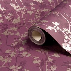 Small scale leaf trail design, with metallic gold inks and rich purples. Plum Bedroom, Purple Bedroom Design, Master Bedroom, Upstairs Bedroom, Plum Wallpaper, Feature Wallpaper, Bedroom Wallpaper, Living Room Red, Black Rooms
