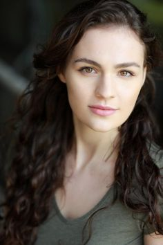 IMDb Photos for Sophie Skelton