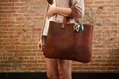 leather tote-bags